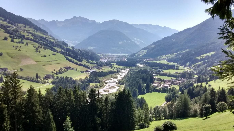 4. Etappe: Blick über das Ridnauntal nach Sterzing