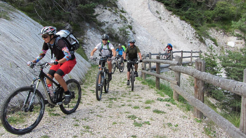 5. Etappe: Der Rankipino-Biketrail führt vom Gampenpass ins Val di Non und ist ein besonders gelungenes Beispiel für einen naturnahen Mountainbiketrail