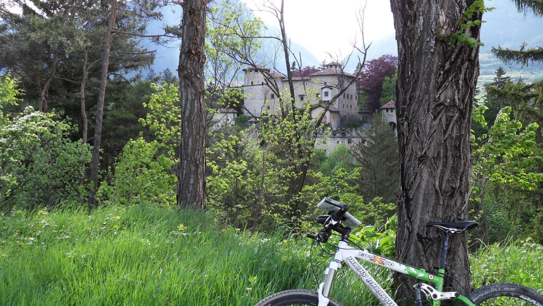 7. Etappe: Viele historische Schlösser säumen den Weg in der Thermenregion Comano Terme